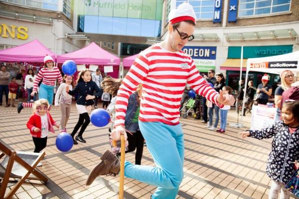 Activities on The Piazza 3 Wheres Wally